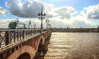 The Saturday City: Bordeaux