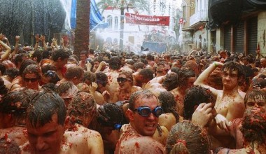 The Flying Tomatoes of La Tomatina