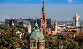 Munich is Better than Berlin