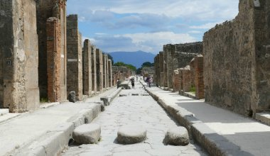 The Ultimate Guide to Visiting Pompeii