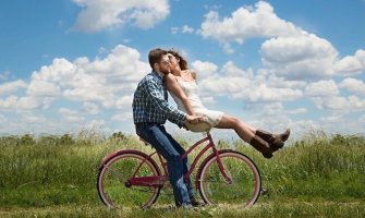 Travel Advice from Traveling Couples
