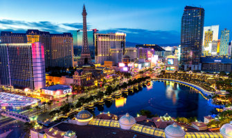 How to Be a High Roller in Vegas on a Low-Roller Budget