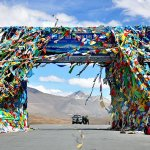 What Hitchhiking Alone as a Female in China Taught Me About Hospitality