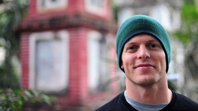 Picture of Tim Ferriss in front of a house
