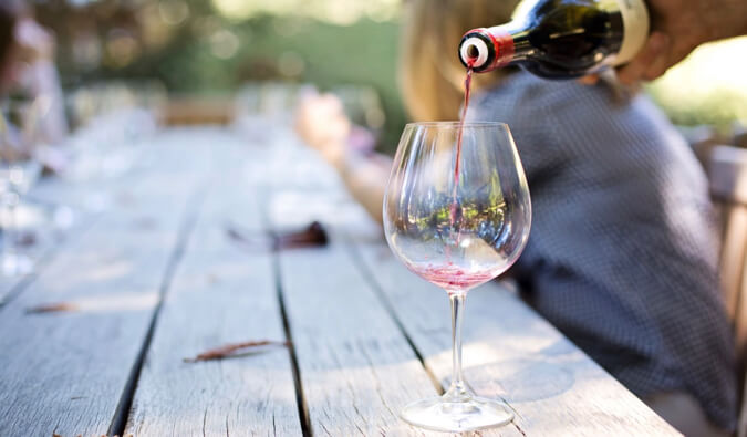 Want To Know What Goes Good With Wine? Check Out The Tips Below!