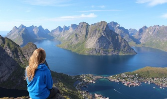 6 Women Who Conquered Personal Mountains to Travel the World