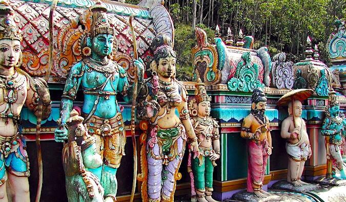 Statues in Sri Lanka