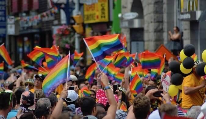 30+ Essential Resources for the Modern LGBT Traveler