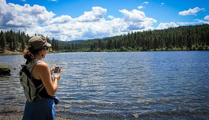 6 (Non-Millennial) Solo Female Travelers Share Their Travel Wisdom
