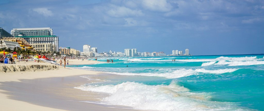 Cancun Travel Guide: What To See, Do, Costs, & Ways To Save