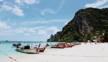 Crowded Ko Phi Phi in Thailand