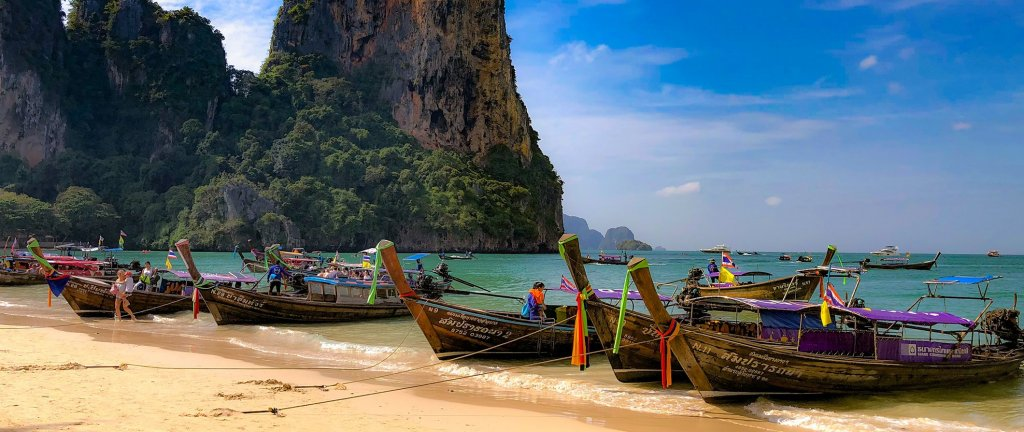 Backpacking Thailand Travel Guide: What to See, Costs, & How to Save