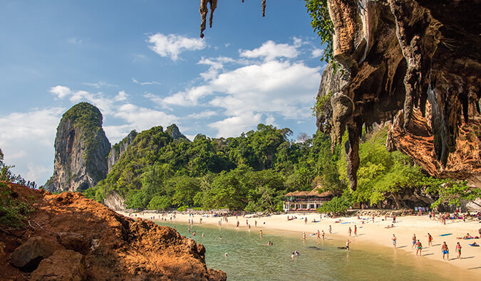 How to Get Around Thailand on the Cheap